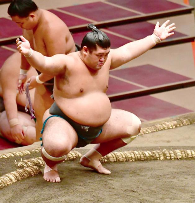響龍 相撲